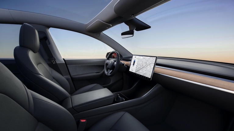 Tesla Model Y Long Range Carro Elétrico Vista Interior